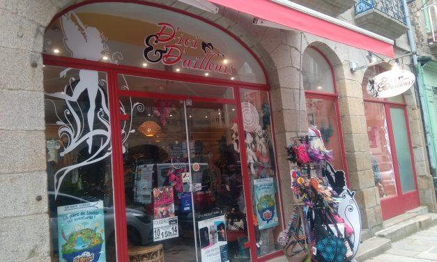 Découvrez le magasin D'ici et D'ailleurs à Fougères. Vêtements Ethniques, accessoires et création de bijoux.