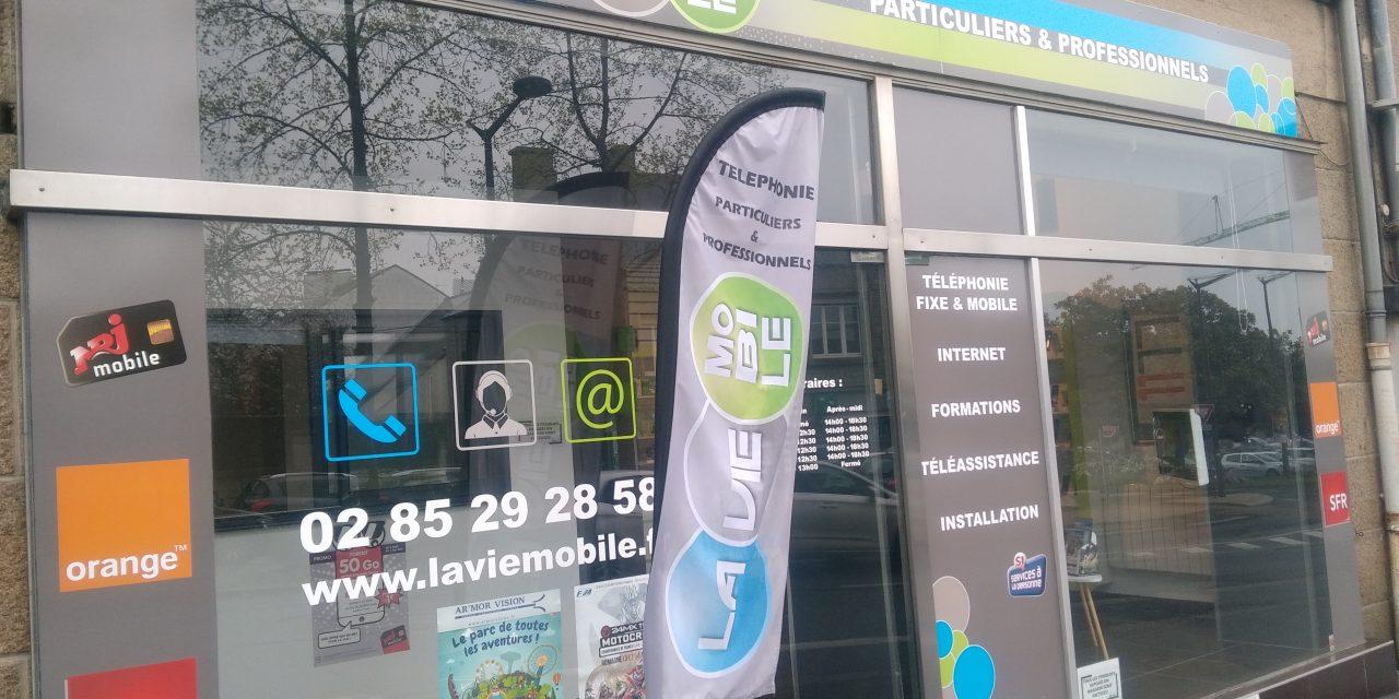 La Vie Mobile à Fougères. Téléphonie, Fixe, Mobile, Internet, Forfait, Abonnement et accessoires.