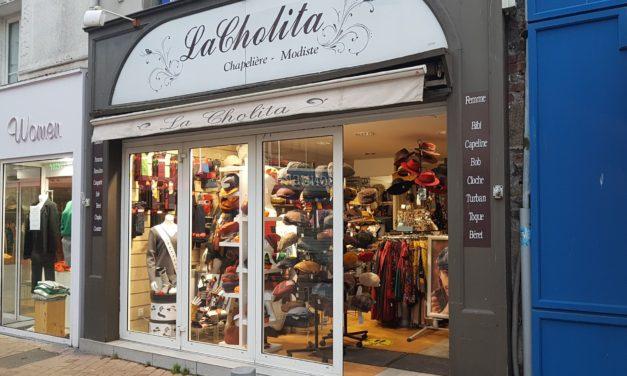 La Cholita à Granville votre Chapellerie (chapeaux, accessoires, écharpes et chaussettes) vous attends samedi à partir de 10h et également de commander ici et d'être livré à domicile !