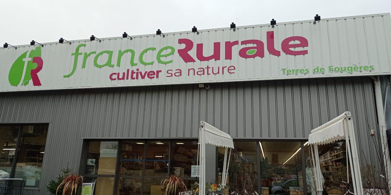 Découvrez France Rurale / Terres de Fougères votre jardinerie, graineterie, alimentation animale, apiculture et produits du terroir à Fougères.