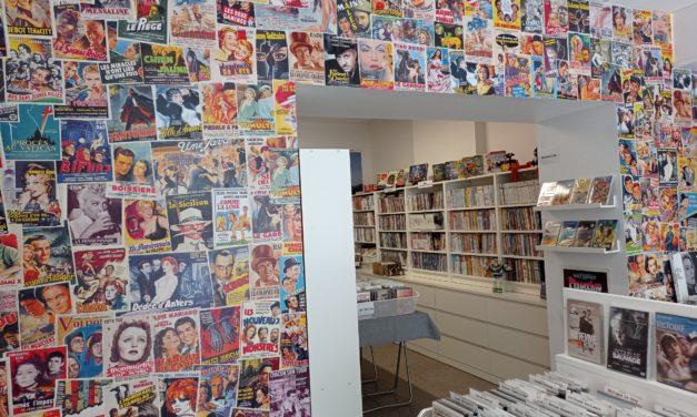 A découvrir absolument à Fougères ! La Quincaillerie du Cinéma. Plus de 10000 films (DVD) d'auteurs Français et du monde.