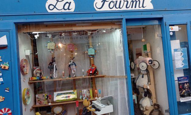 La Fourmi votre magasin de jeux de société et d'éveil à Granville. ( Jouets, Peluches, sacs à dos, Puzzles et décoration pour enfants ) Pleins d'idées cadeaux à découvrir !