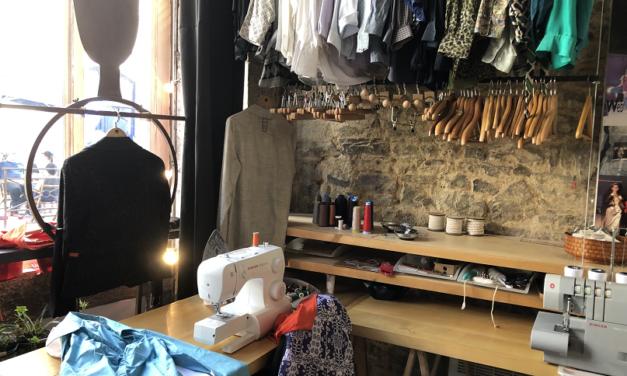 Nouveau à Fougères , la boutique ART Nelly Biche de Bere, prêt à porter, vintage et upcycling, ateliers, retouches.